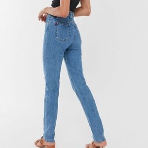 BDG | Girlfriend Jean High Rise